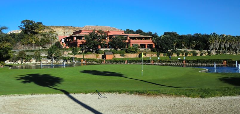 Santa Clara 18th golf hole with clubhouse