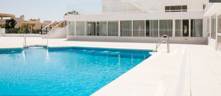 Hotel Ibersol Pool