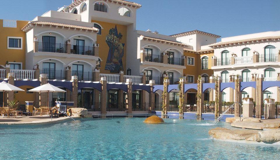 La Laguna Hotel Swimming Pool