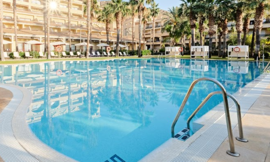 Hotel Envia Swimming Pool